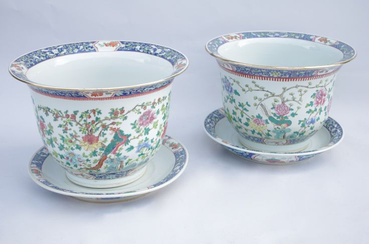 Pair of very large chinese Canton covered pots / cache-pots circa 1900 #chinoiserie