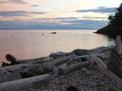 VRBO.com #171032 - Spectacular Beachfront Cottage on Sechelt's 'Golden Mile'