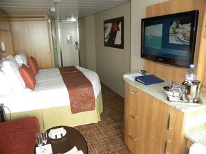 Information and pictures of the Celebrity Silhouette cruise ship cabins and suites