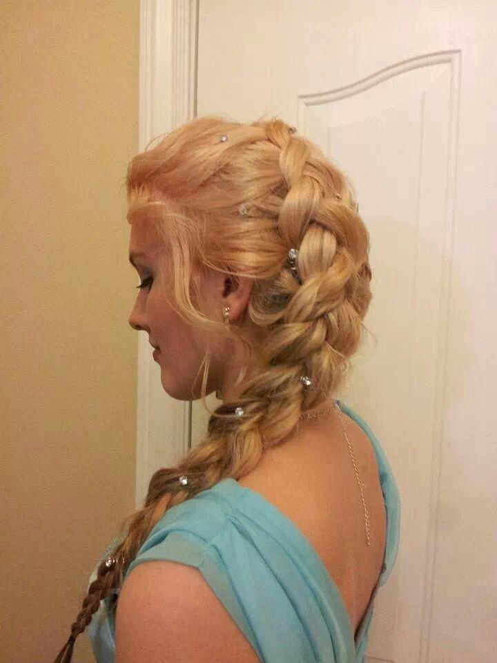How To Do Disney's Frozen Elsa Braid Hairstyle | Hair Tutorial Video