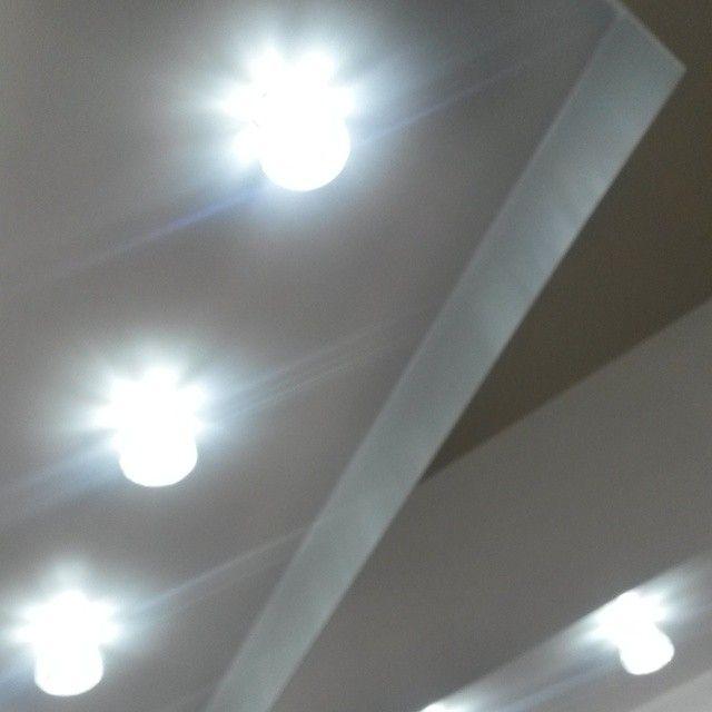 Special Diamond style bulbs brinks amazing sparkle to your photos ;)