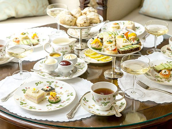 one of my favorite china patterns-Wild Strawberry and a link to a Downton Abbey Tea what's not to love?