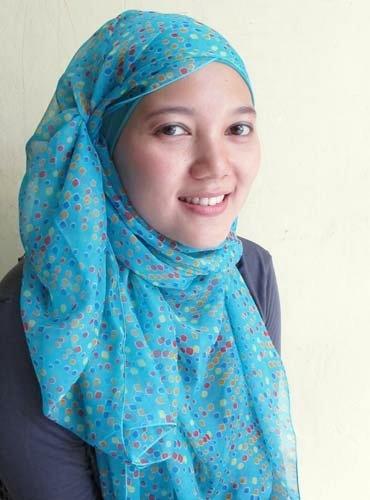 Hijab   Polka Shawl in Blue   www.jiilaanhijabs.com