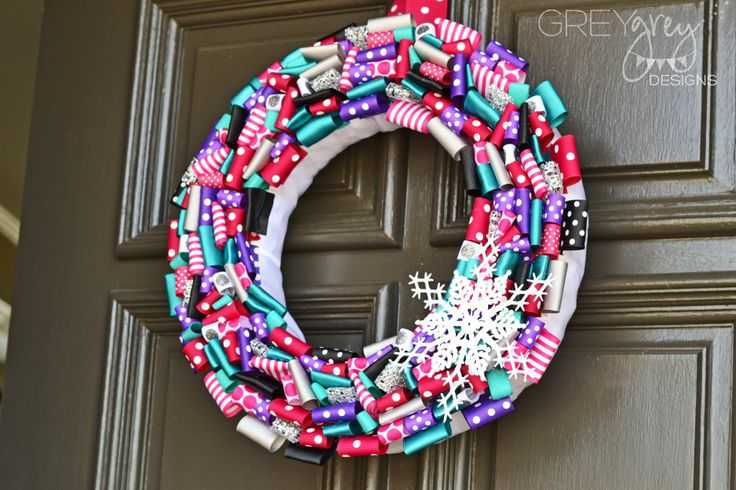 DIY Ribbon Wreath for a Disney Frozen Party - #DIY #Frozen {Click to see more from this party!}