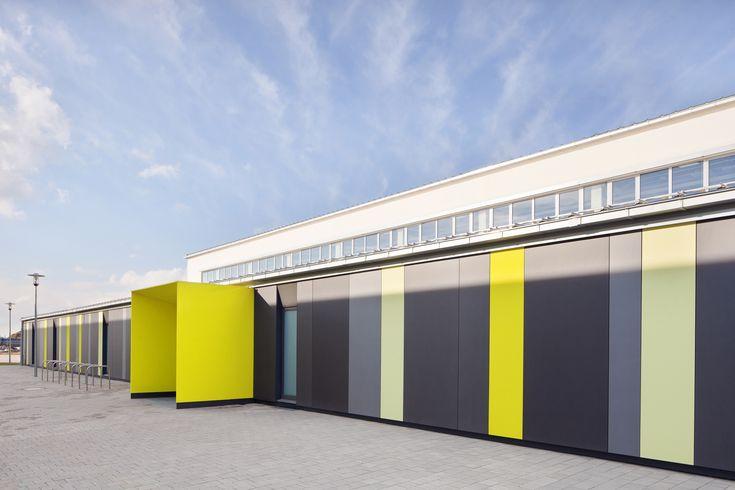 zoomarchitekten gymnasium ingolstadt equitone facade materials. Black Bedroom Furniture Sets. Home Design Ideas