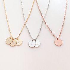 Zarte erste Halskette Gold Buchstaben Halskette von MignonandMignon