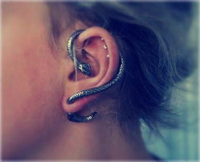 snake: Weird Earrings, Cuffs Earrings, Fashion Accessoriesstat, Hairs Awesome, Goth Styles, Earrings Defiant, Snakes Ears, Snakes Earrings, Ears Cuffs
