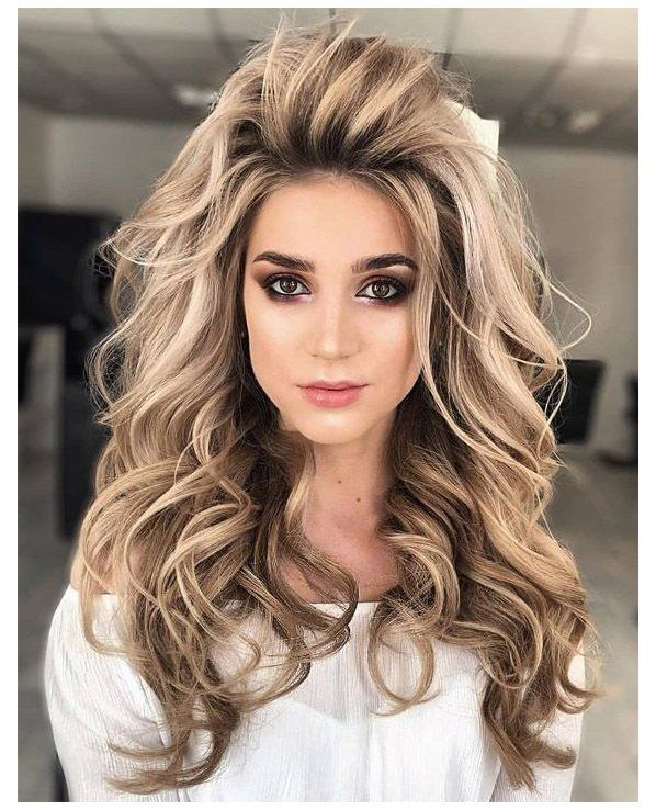 Latest Hairstyle Trends For Long Hair New Hair Trends For Girls With Long Hair Who Have No Ide In 2020 Bun Hairstyles For Long Hair Thick Hair Styles Long Hair Girl