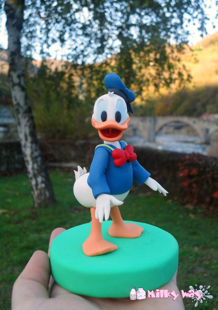donald duck wedding cake topper 17 best ideas about donald duck cake on donald 13701