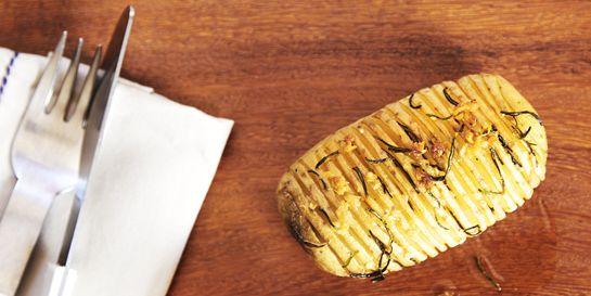 Batata assada laminada (à moda sueca)