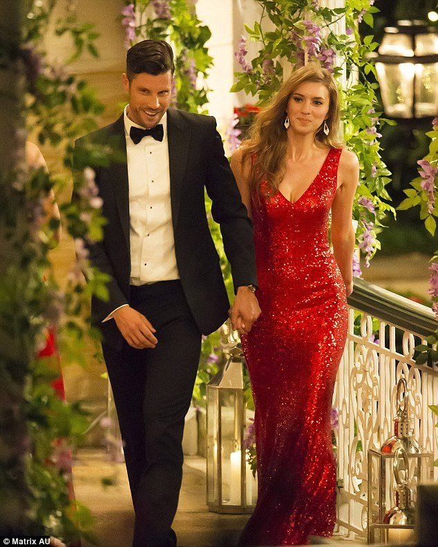 The Bachelor Australia 2015 started last night on channel 10 featuring Madeleine from VIC, in Tina Holy #Picasso 13403 and looking #RedHot. Want to look Red Hot as well? Visit Sassy Melbourne for this amazing dress.