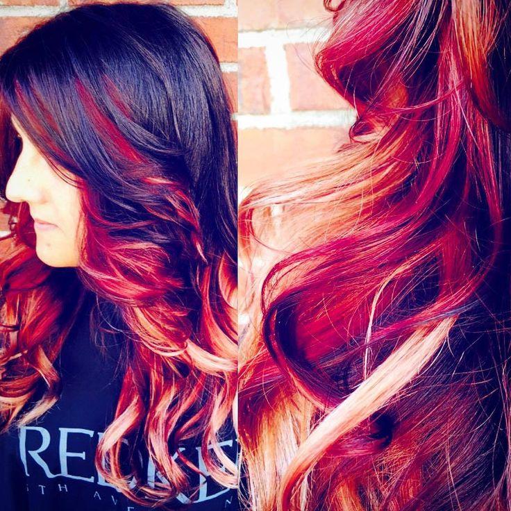Superbe coloration OMBRE faite avec les produits Redken Chromatics - réalisée par la très talentueuse Vanessa du Salon Odyssée Énergie   Merci à notre mannequin Jessica
