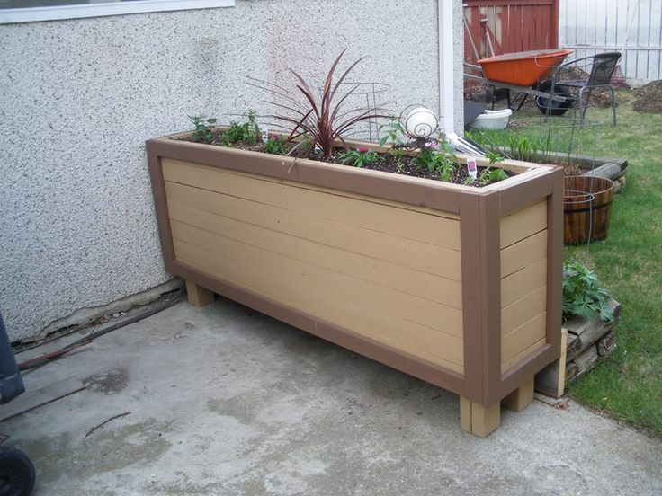 planter made from reused boards