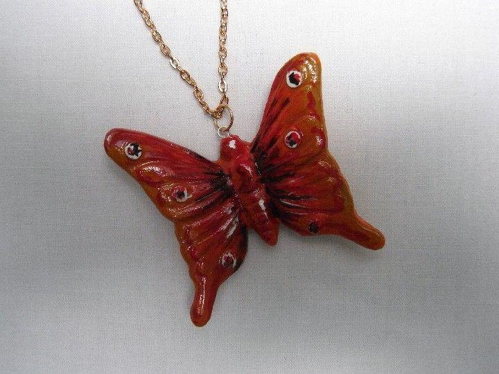 #collana con pendente #farfalla rossa