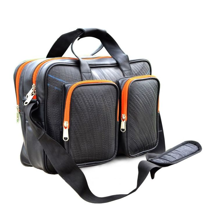 Protect your #laptop with this #waterproof and #ecofriendly alternative #chrisleys #smallbusiness #shop #buy #bags