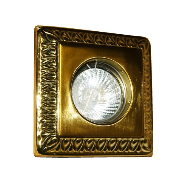 12 best brass recessed lighting images on pinterest for Number of recessed lights per room