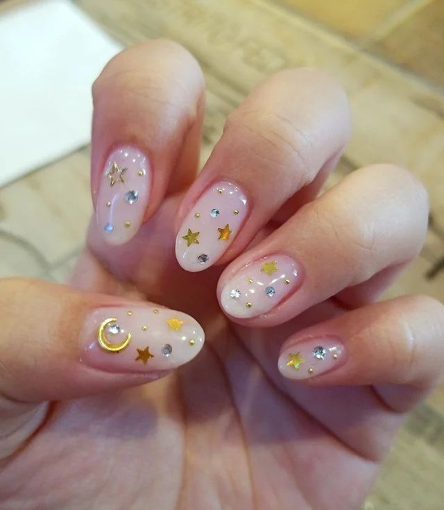 Glitter Jordans Post:2615265596 | Squoval nails, Ombre