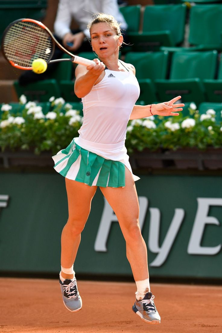 Simona Halep thrashing opponent at French Open at Roland Garros, Paris