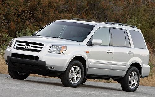 2006 Honda Pilot  Mine is white.