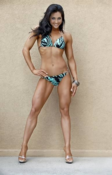 how to become an ifbb figure pro