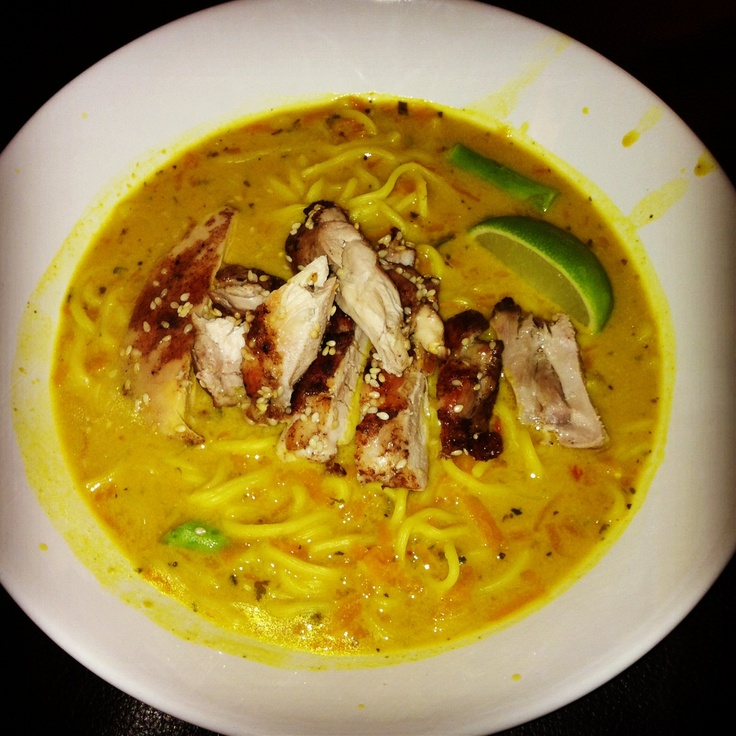 Homemade chicken laska