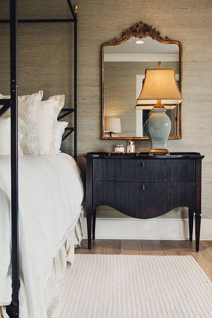[CasaGiardino]  ♛  cool beige grasscloth, black night table, gold gilt mirror and ice blue ceramic lamp