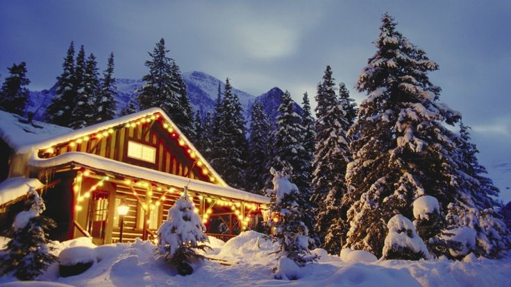 Christmas Scane In Snowy Mountains Wallpaper