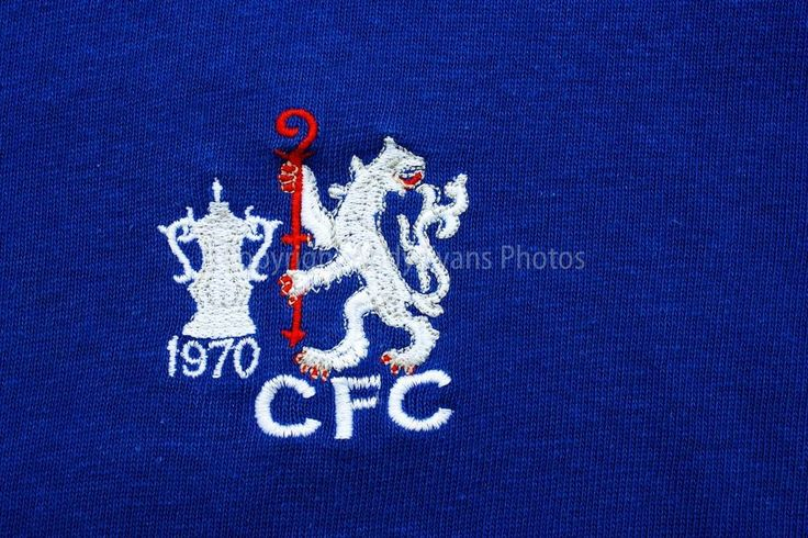 Chelsea FC 1970 FA Cup Final shirt badge crest photograph picture poster print #chelsea #club #crest #photograph #art