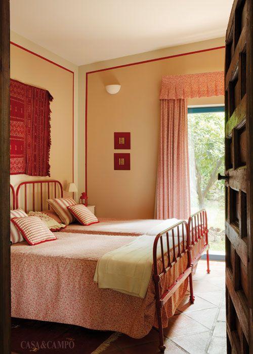 M s de 25 ideas incre bles sobre camas de hierro pintadas for Camas de matrimonio super grandes