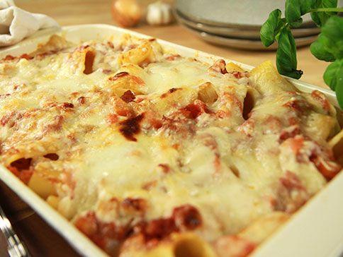 Pasta al forno con salsiccia (Salsicciagratäng) | Recept från Köket.se