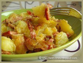CARTOFI TARANESTI- Imi plac mult cartofii taranesti, dar ii fac foarte rar, in general mananc cartofi rar (desi imi plac mult). Asta e... Din cand in cand ma mai rasfat cu ca