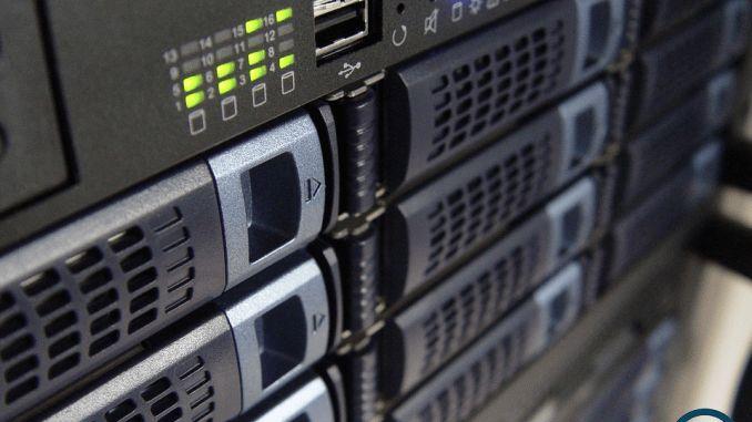 servidor dedicado    As empresas que optam pelo Servidor Dedicado, podem adotar as configurações que quiserem, tanto em espaço de disco, quantidade de memória RAM, CPU, plataforma ou software.    O responsável pela área de TI também poderá fazer configurações avançadas para atender todas as necessidades da empresa.    #servidor #dedicado #servidordedicado #server #mdftecnologia #mdf
