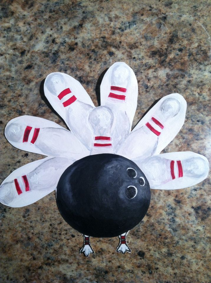 "Liz & Laila Art. Laila's ""Turkey in Disguise"" for kindergarten."