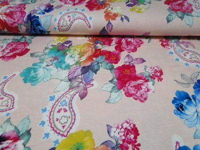 uitverkocht Tricot viscose stof, bloem print, lichtroze. X1712