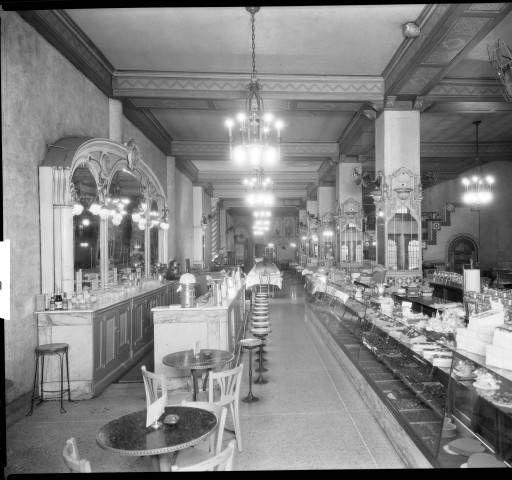 Jennie Benedict's Restaurant,554 S. 4th St. Louisville, Kentucky, (Inventer of the Benedictein Sandwich ) circa 1924. :: R. G. Potter Collection