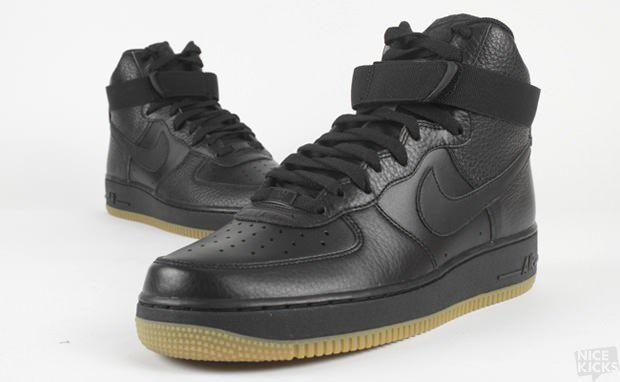 Air Force 1 High Black Gum Bottom