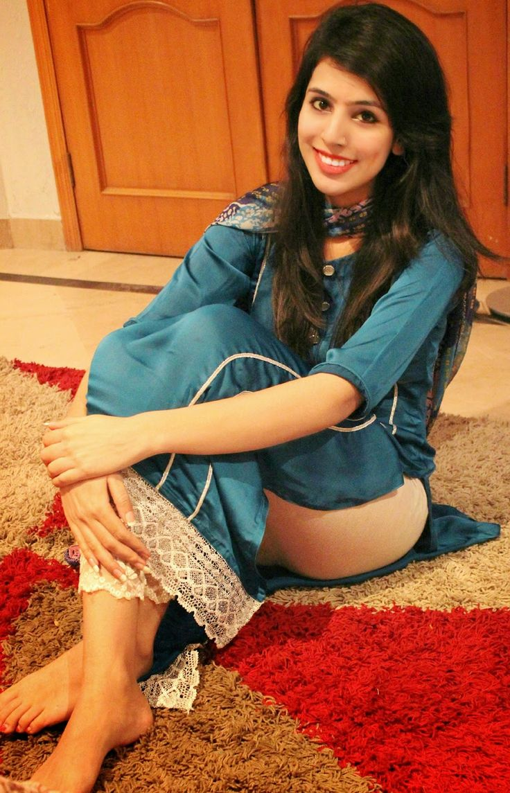 girls of karachi
