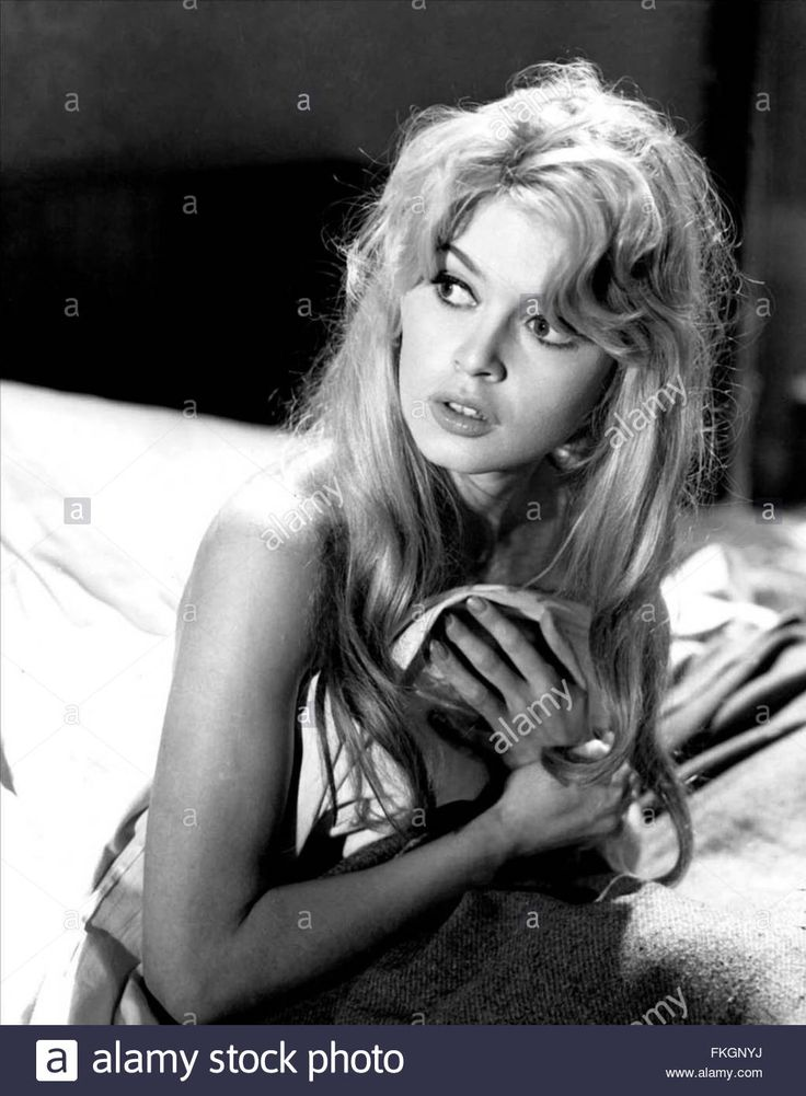 Download this stock image: En cas de malheur 1958 réal. : Claude Autant-Lara   Brigitte Bardot  Collection Christophel / LIMOT - FKGNYJ from Alamy's library of millions of high resolution stock photos, illustrations and vectors.
