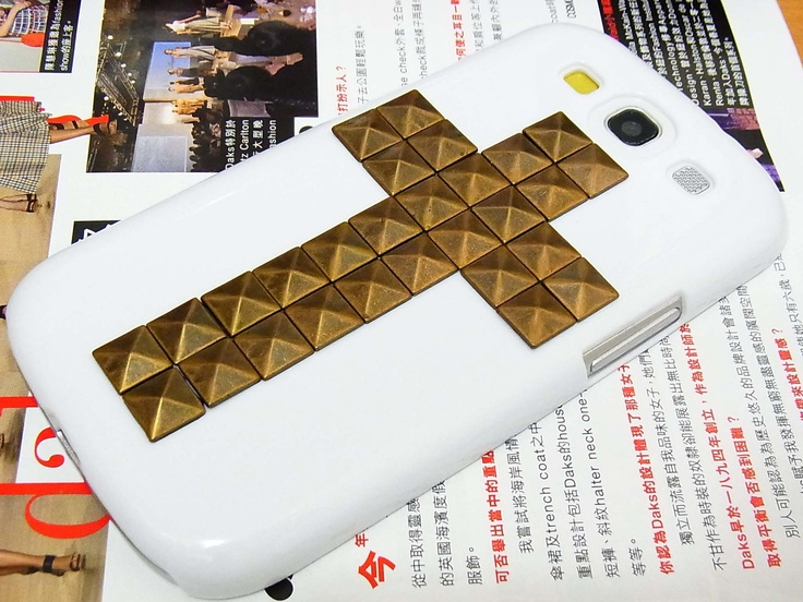 Antique Cross Bronze Pyramid Stud White Hard Case Cover For Samsung i9300 T999 Galaxy S3 T-Moible S7P. $13.88, via Etsy.