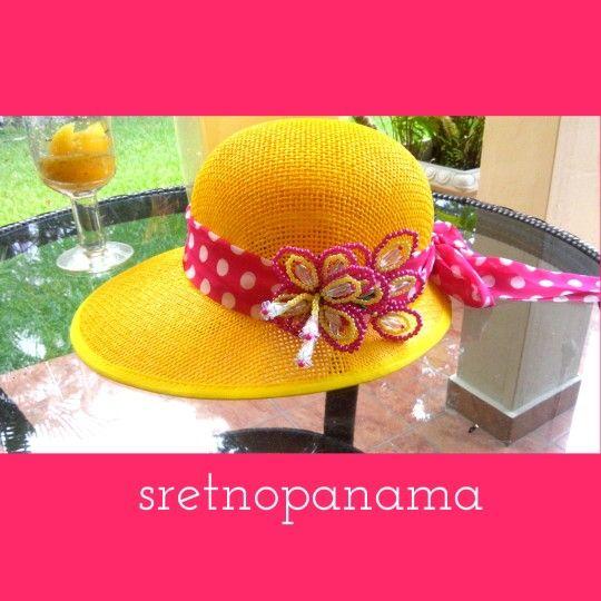 Sombrero con tembleque