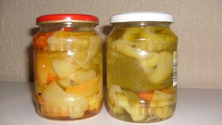 papriky zbavíme semínek, rozkrájíme na menší části a vaříme ve vodě asi 5 min. plníme do sklenic a zalijeme vařicím nálevem, zavíčkujeme a...