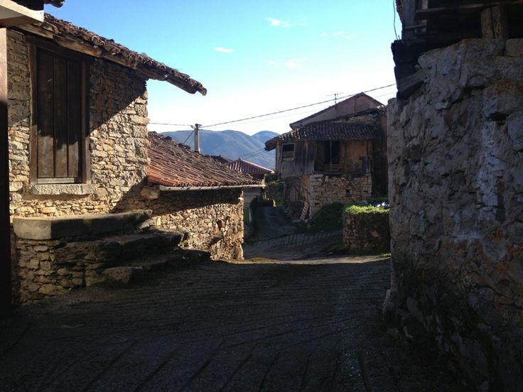 #Vigaña, aldea típica de #Asturias