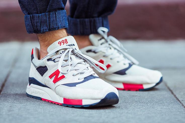 Sneaker Head? Did you know CitizenCard holders get 20% off New Balance kicks online? Get £5 off CitizenCard using discount code NEWBALANCE at www.citizencard.com and you will qualify for our great LEALTA discount offers on all your favourite brands!