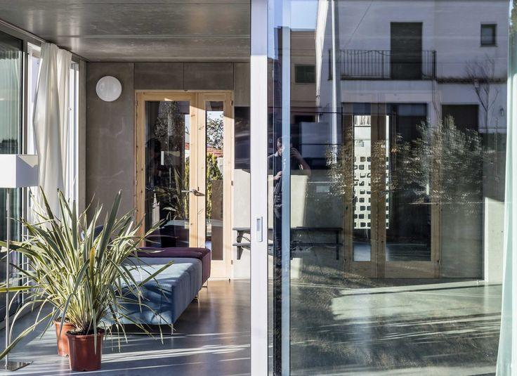 Ganzes Haus, halber Rohbau - Wohngebäude in L'Escala bei Girona