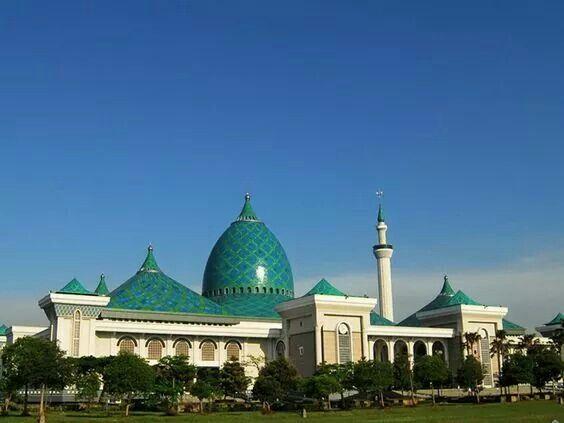 Masjid Al-Akbar, Surabaya, Indonesia
