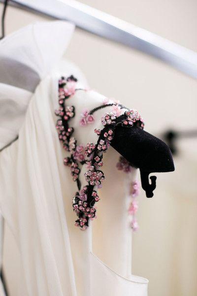 Giambattista Valli Bks Bis at Paris Fashion Week Fall 2016 - Livingly