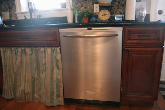 clean the dishwasher: Acne Cleaning, Idea, Clean A Dishwasher, Channahon Cleaningservice, Cleaning Dishwashers, Clean Dishwasher, Tips Housecleaning, Cleaning Tips, Cleaning Tricks N Tips