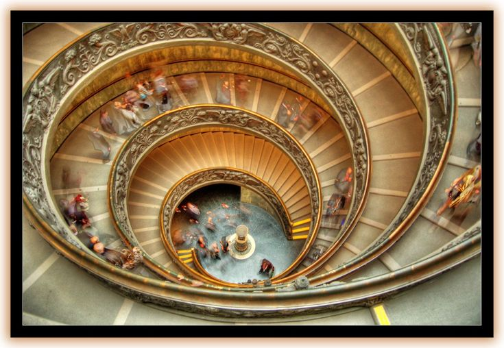 Beautiful! The VATICAN MUSEUMS double-helix SPIRAL STAIRCASE.  Designed by Giuseppe Momo in 1932. Rome, Italy.
