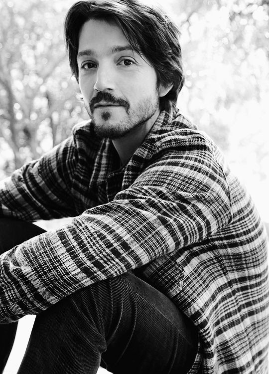 Diego Luna photographed by Carlotta Manaigo for L'Uomo Vogue http://diegolunadaily.tumblr.com/post/154852915179/justageekychickborninda90s-diego-luna