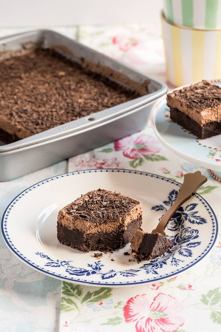 Brownie con mousse de chocolate